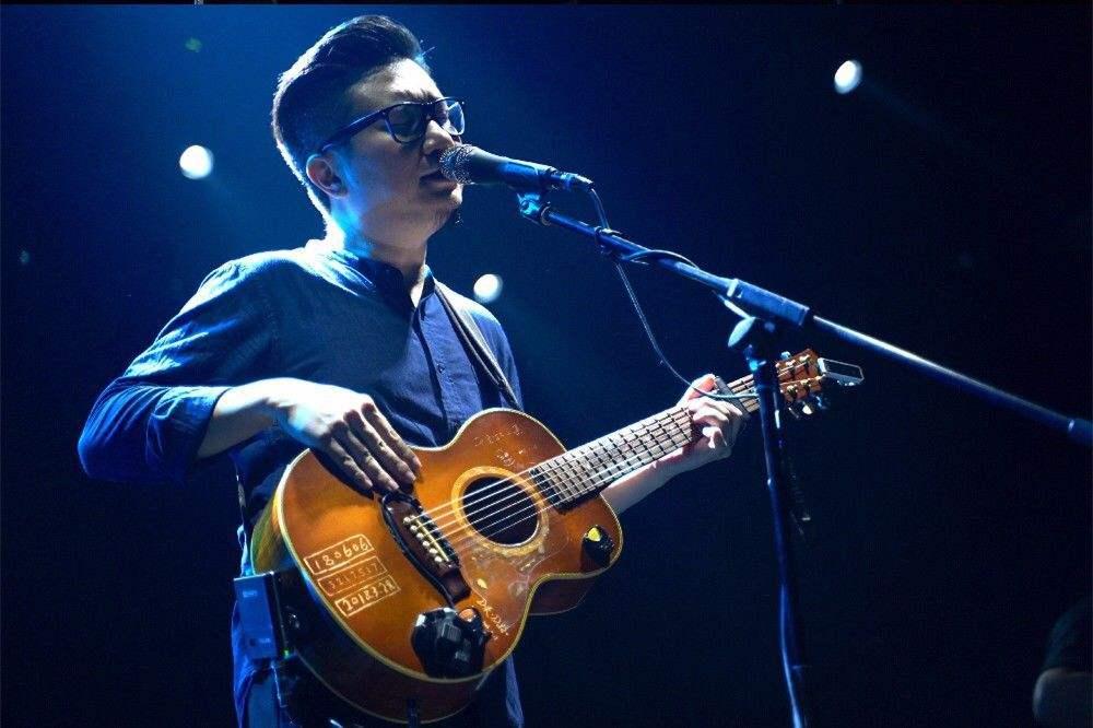 暗杠 吐鲁番女孩 吉他谱 G调指法