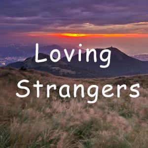 Loving Strangers-Russian Red(抖音热歌C调完美原版)