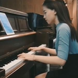 所念皆星河-C调-钢琴谱