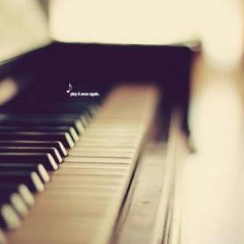 秋日私语钢琴简谱 数字双手