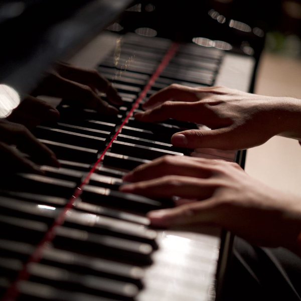This Game钢琴谱