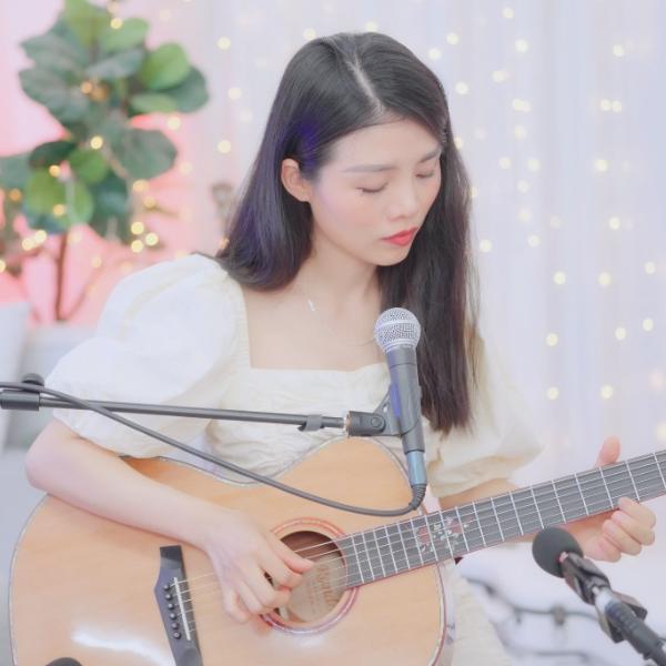 刘瑞琦《房间》吉他弹唱六线谱